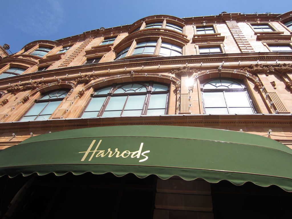 10 Great Places to Eat, Shop, and See in London!  - Harrods #London #LondonShopping #Harrods #LondonTravel #LondonFoodShopping