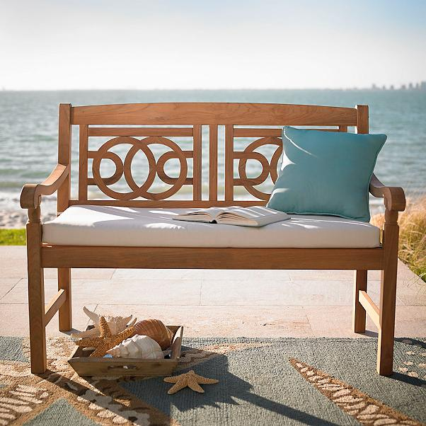 18 Glorious Benches to Accent Your Gardenscape