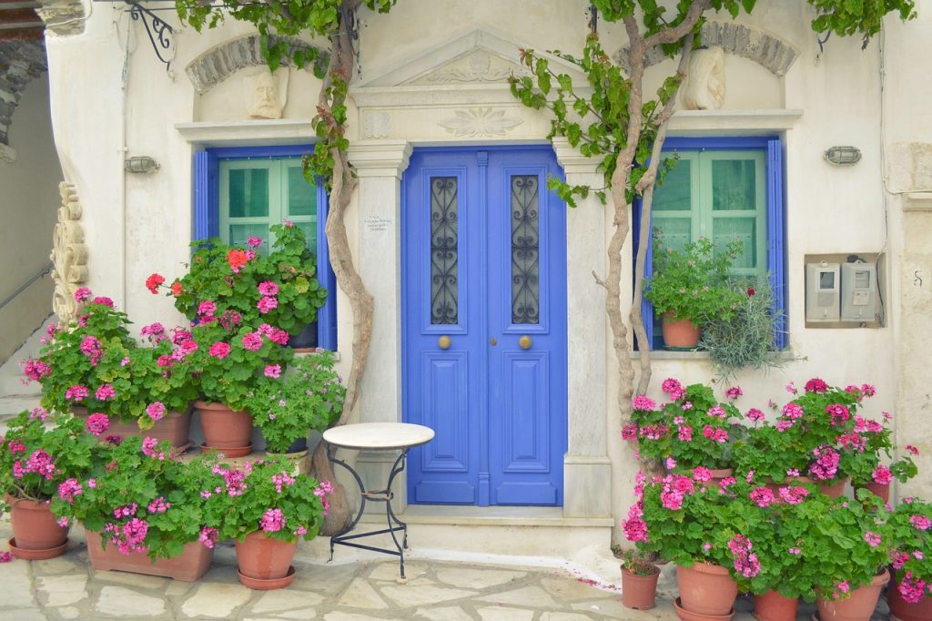 9 Stunningly Bold Coastal Front Doors - Tinos Island Greece Door #bolddoors #colorfuldoors #brightdoors #door #TinosIsland