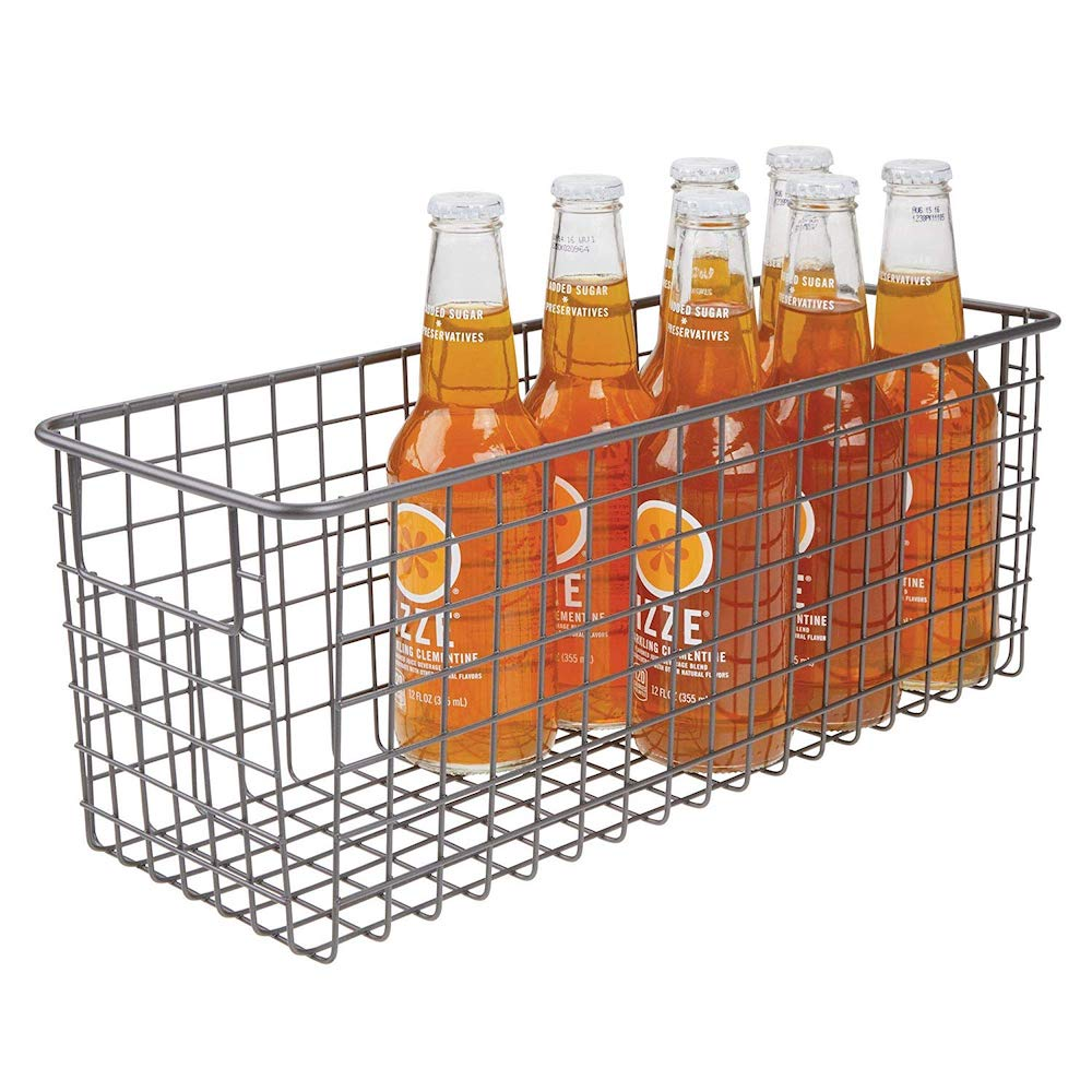 11 Things to Help You Maximize Your Kitchen Cabinet Storage Farmhouse Wire Organizer Bin Basket #Organize #Organization #OrganizedKitchen #Kitchen #KitchenCabinets #KitchenStorage #CabinetStorage #Storage