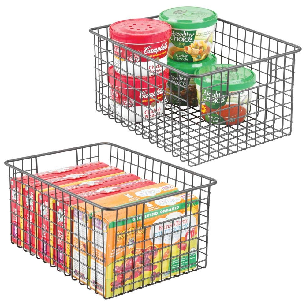 11 Things to Help You Maximize Your Kitchen Cabinet Storage Farmhouse Metal Wire Food Basket #Organize #Organization #OrganizedKitchen #Kitchen #KitchenCabinets #KitchenStorage #CabinetStorage #Storage