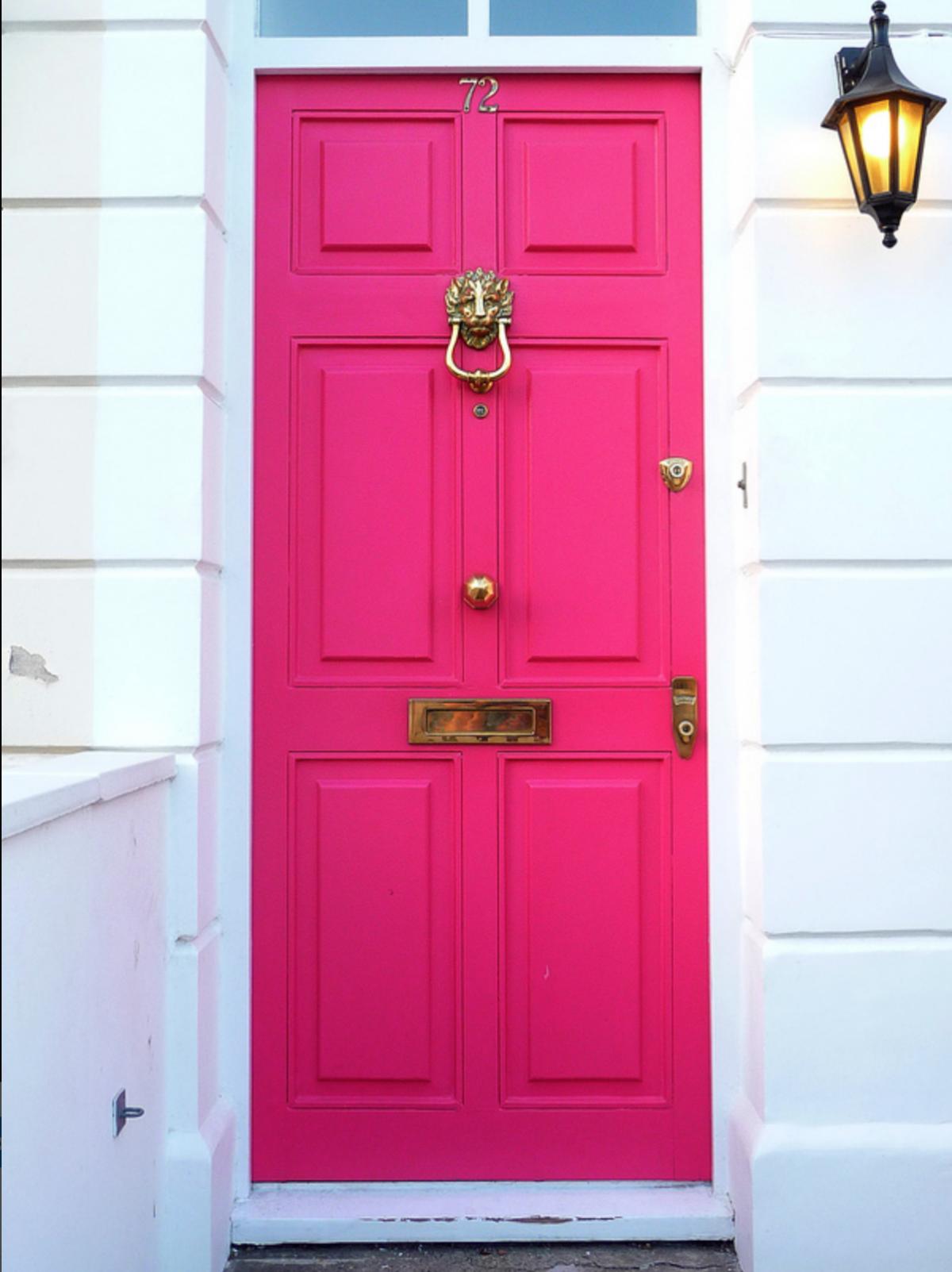 9 Stunningly Bold Coastal Front Doors