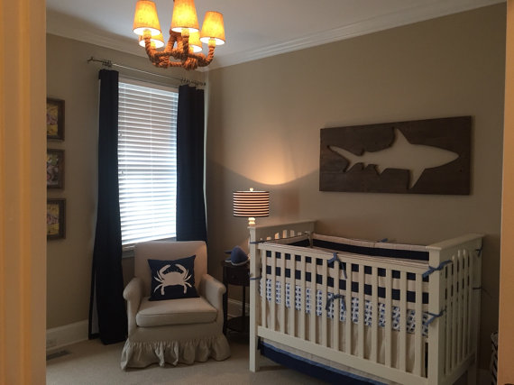 10 Cool Ways to Let Some Shark! Into Your Home - Shark Pallet Wall Art #sharkweek #shark #beachdecor #beachhouse #coastaldecor