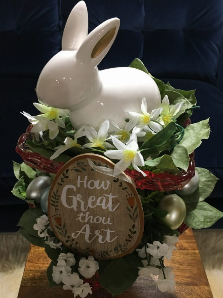 Easter Decor DIY Ideas to Celebrate Easter How Great Thou Art #Easter #EasterDecor #EasterDIY #EasterCelebration #HowGreatThouArt