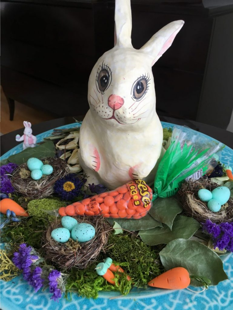 Easter Decor DIY Ideas to Celebrate Easter #Easter #EasterDecor #EasterDIY #CelebrateEaster #EasterCelebration