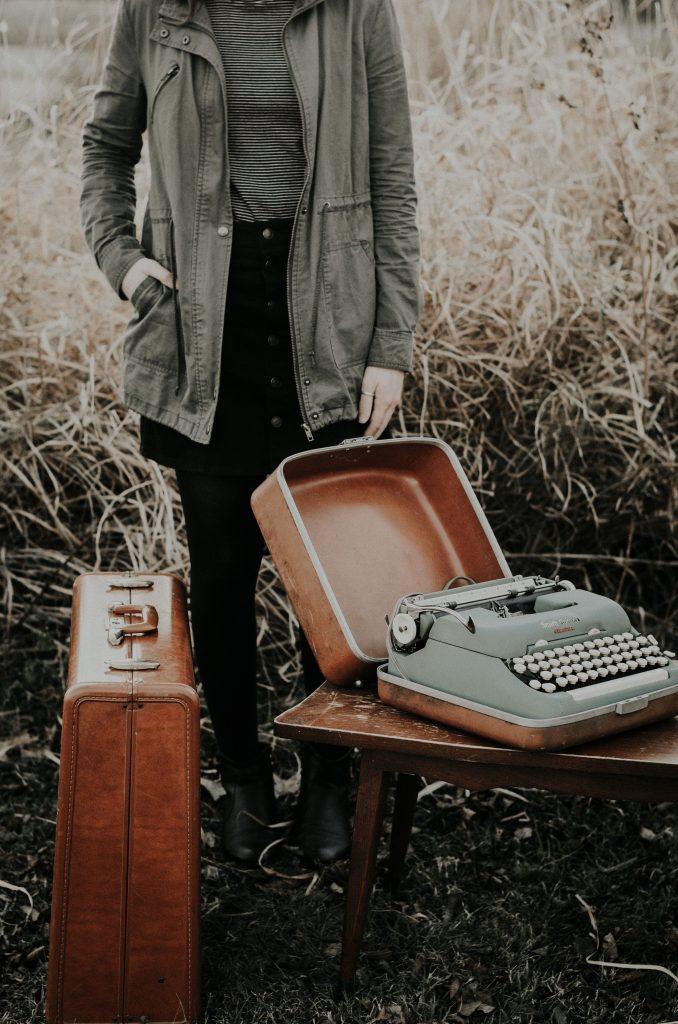 Fantastic Short Term Luggage Storage Options #JessicaCastro #Travel #LuggageStorage #TravelLuggage #BaggageStorage