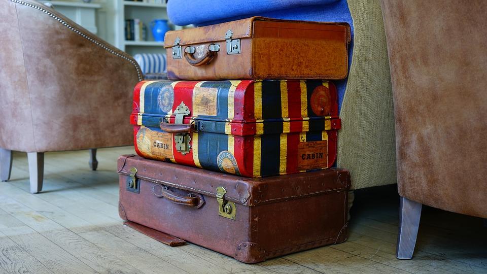 Fantastic Short Term Luggage Storage Options #Travel #LuggageStorage #TravelLuggage #Layovers #TravelConnections