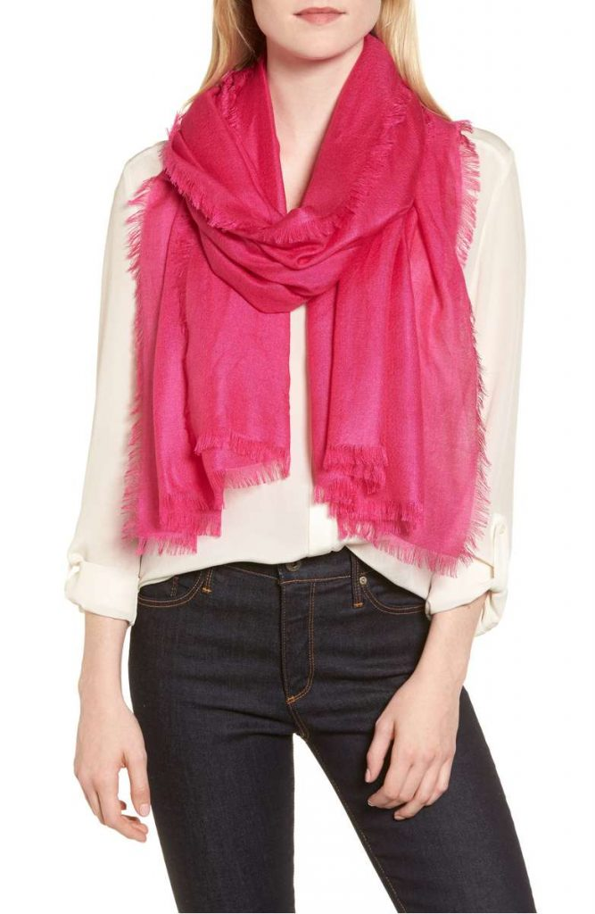 25 Pretty in Pink Gifts for Mom Cashmere And Silk Wrap #Nordstroms #MothersDay #MomsDayGifts #GiftsForMom #PinkGiftsForMom #MomsDayGifts #PinkGifts