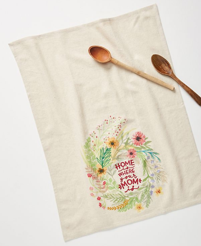 25 Pretty in Pink Gifts for Mom Mother's Day Dish Towel #MothersDay #GiftsForMom #PinkGiftsForMom #MothersDayGifts #Anthropologie #PrettyPinkGifts