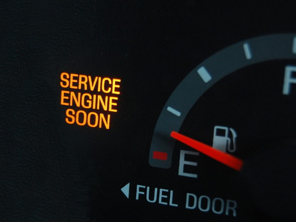 Helpful Money Saving Tips for Frugal Car Owners #frugal #carmaintenance #frugaltips