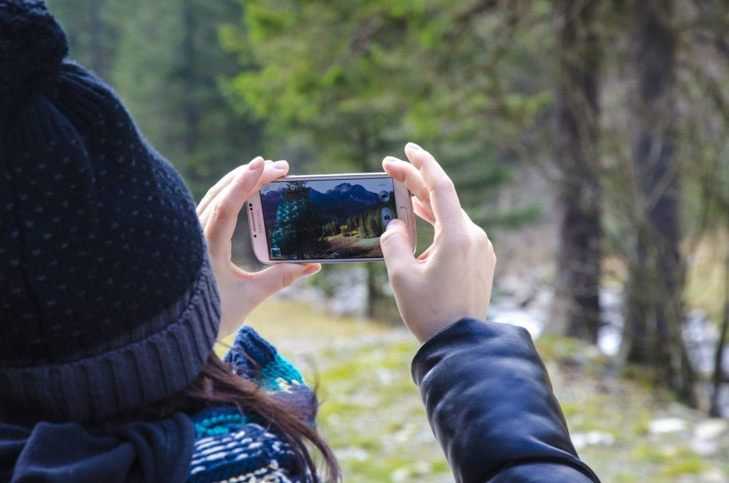 12 Budget Friendly Outdoor Summer Activities Outdoor Photography (photo By Sylwia Bartyzel) #LLBean #BudgetFriendly #OutdoorSummerActivities #SummerFun #Photography #Outdoors