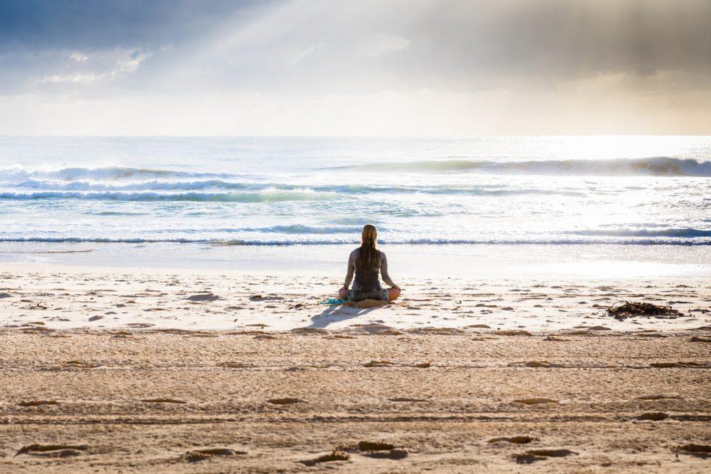 12 Budget Friendly Outdoor Summer Activities Yoga (photo By Simon Rae) #LLBean #BudgetFriendly #Yoga #OutdoorSummerActivities #SummerFun #SummerWorkout