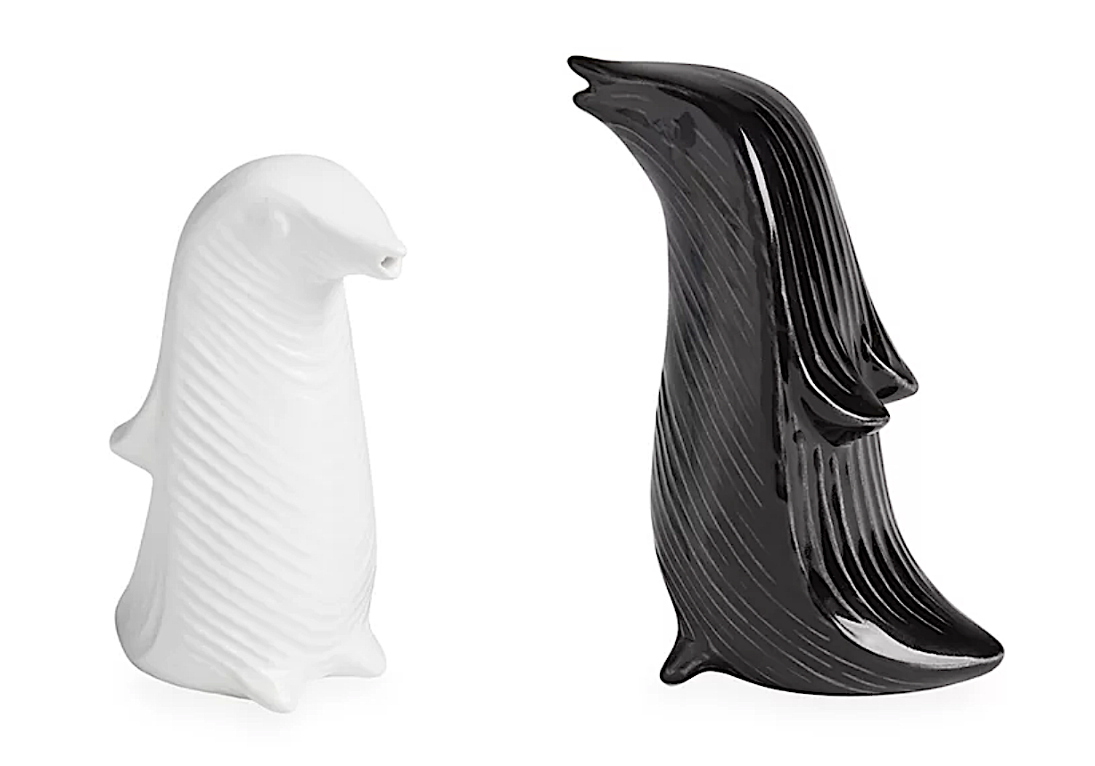 10 Penguin Home Decor Accessories for a Coastal Home