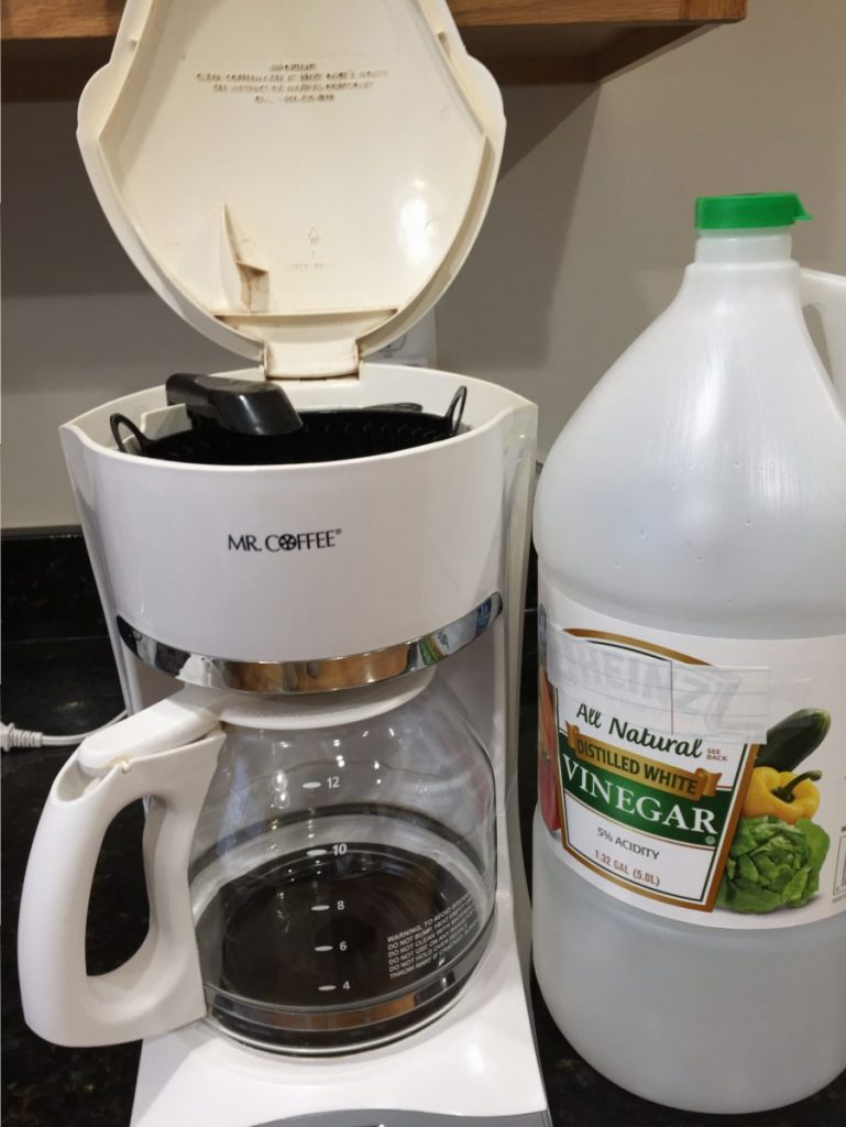 36 Vinegar Cleaning Tips for Kitchen and Bathroom Cleaning Your Coffee Maker #Vinegar #VinegarCleaning #DIY #DIYCleaning #BudgetFriendly #Frugal #FrugalCleaning #FrugalLiving #BakingSodaCleaning #SaltCleaning #CleanHome #HouseCleaning #CleanHouse #CleanKitchen #CleanBathroom #BathroomCleaning #KitchenCleaning #HomeCleaning
