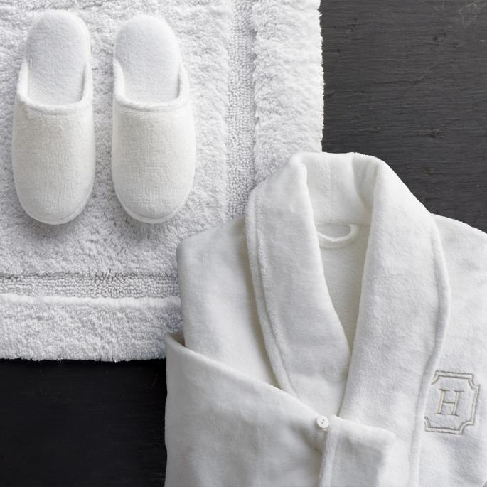 Create a Spa at Home with these 18 Bath Accessories - Resort Plush Robe and Slipper Set #spa #bathroom #homespa #pamperyourself #spaaccessories #metime #bathaccessories