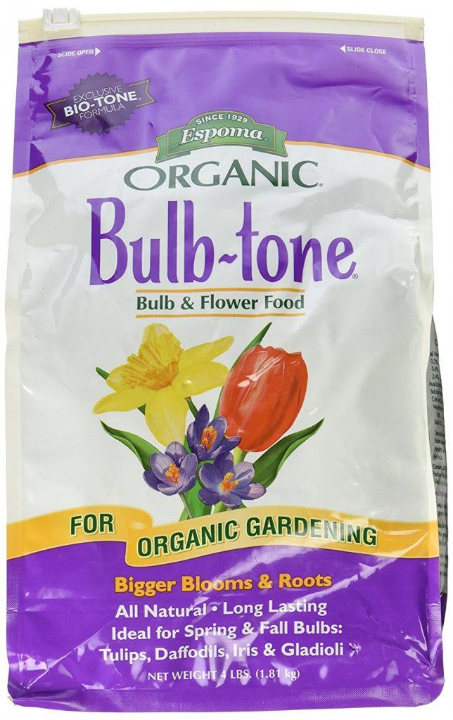 6 Essential Tools for Planting Spring Bulbs Espoma Bulb Tone Bulb And Flower Food #PlantBulbs #Garden #Gardening #GardenTools #GardenBulbs #FallPlanting #PlantingTools #SpringBloomingFlowers#Landscape #PlantTulips #PlantDaffodils
