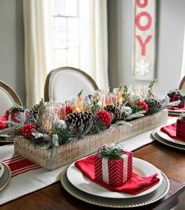 28 Christmas Centerpieces to Welcome House Guests Pine And Swiss Dot Ornament Centerpiece In Crate #Gifts #Centerpiece #ChristmasCenterpiece #Christmas #Decor