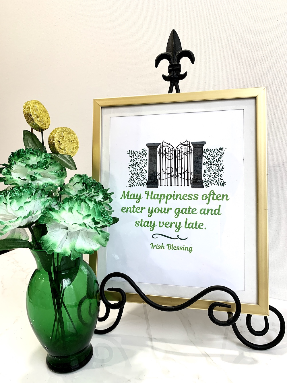 Irish Blessing Free Printable Irish Blessing #DIY #Affordable #SimpleDecor #QuickAndEasy #BudgetFriendly #StPatrick #StPatricksDay #StPatricksDecor #FreePrintable #IrishBlessing #WallArt #FreeWallArt