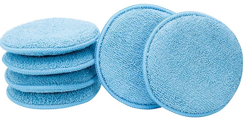8 Fast Car Cleaning Products to Make Your Car Shine Microfiber Applicator Pads #Cleaning #CarCleaning #CleanCar #QuickAndEasy #SaveMoney #SaveTime #BudgetFriendly