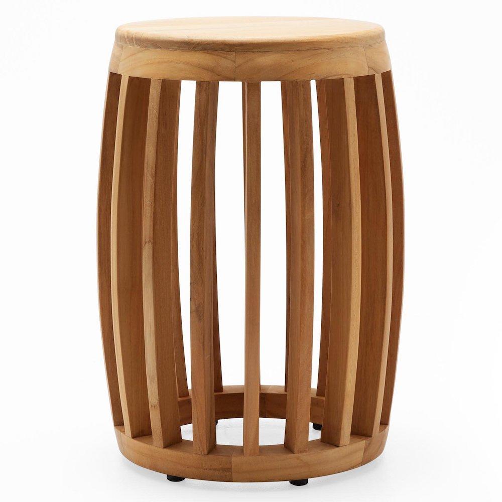 10 Versatile Garden Stools for Outdoor Living Spaces Modern Teak Wood Slat Garden Stool #SmallSpaces #SmallSpaceLiving #Garden #Patio #Porch #Deck #GardenStool #GardenSeating #OutdoorStool #PatioSeating #PorchSeating