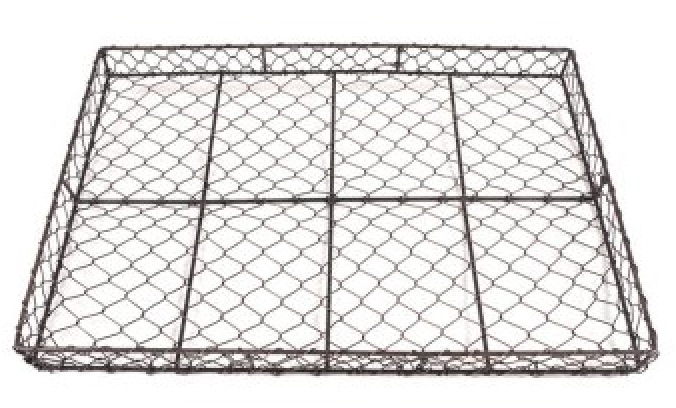 15 Farmhouse Trays for Every Budget Farmhouse Mesh Rectangle Tray #Farmhouse #FarmhouseDecor #FarmhouseTrays #RusticDecor #Patio #OutdoorSpaces #OutdoorLiving #IndoorLiving #Entertaining