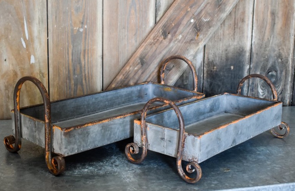 15 Farmhouse Trays for Every Budget Handled Rectangle Metal Tray Set #Farmhouse #FarmhouseDecor #FarmhouseTrays #RusticDecor #Patio #OutdoorSpaces #OutdoorLiving #IndoorLiving #Entertaining