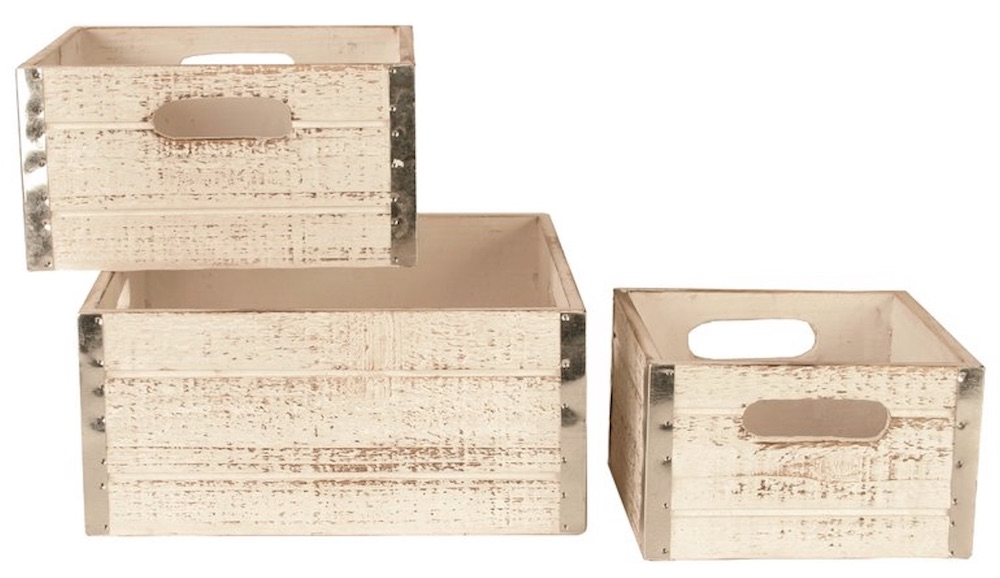 17 Farmhouse Crates for an Orderly Home White Wash Crates #WoodCrates #Farmhouse #FarmhouseDecor #FarmhouseCrates #RusticDecor #Storage #Organization #OrganizedHome #IndustrialDecor