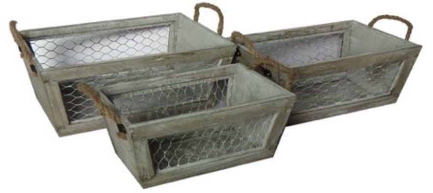 17 Farmhouse Crates for an Orderly Home Wooden Taper Crate #WoodCrates #Farmhouse #FarmhouseDecor #FarmhouseCrates #RusticDecor #Storage #Organization #OrganizedHome #IndustrialDecor