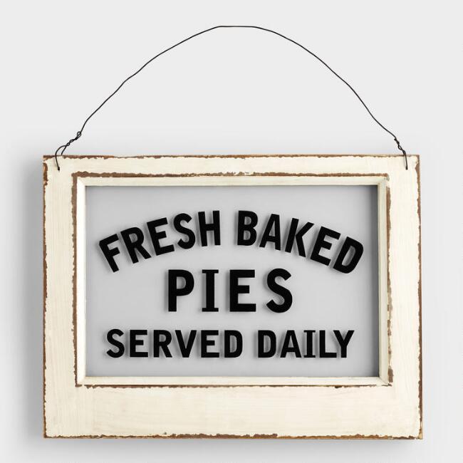 27 Simple, Affordable Farmhouse Decor Fresh Baked Pies Sign #Farmhouse #FarmhouseDecor #AffordableFarmhouse #RusticDecor #IndustrialDecor #FarmLife #CountryLife #CountryDecor #SimpleFarmhouseDecor