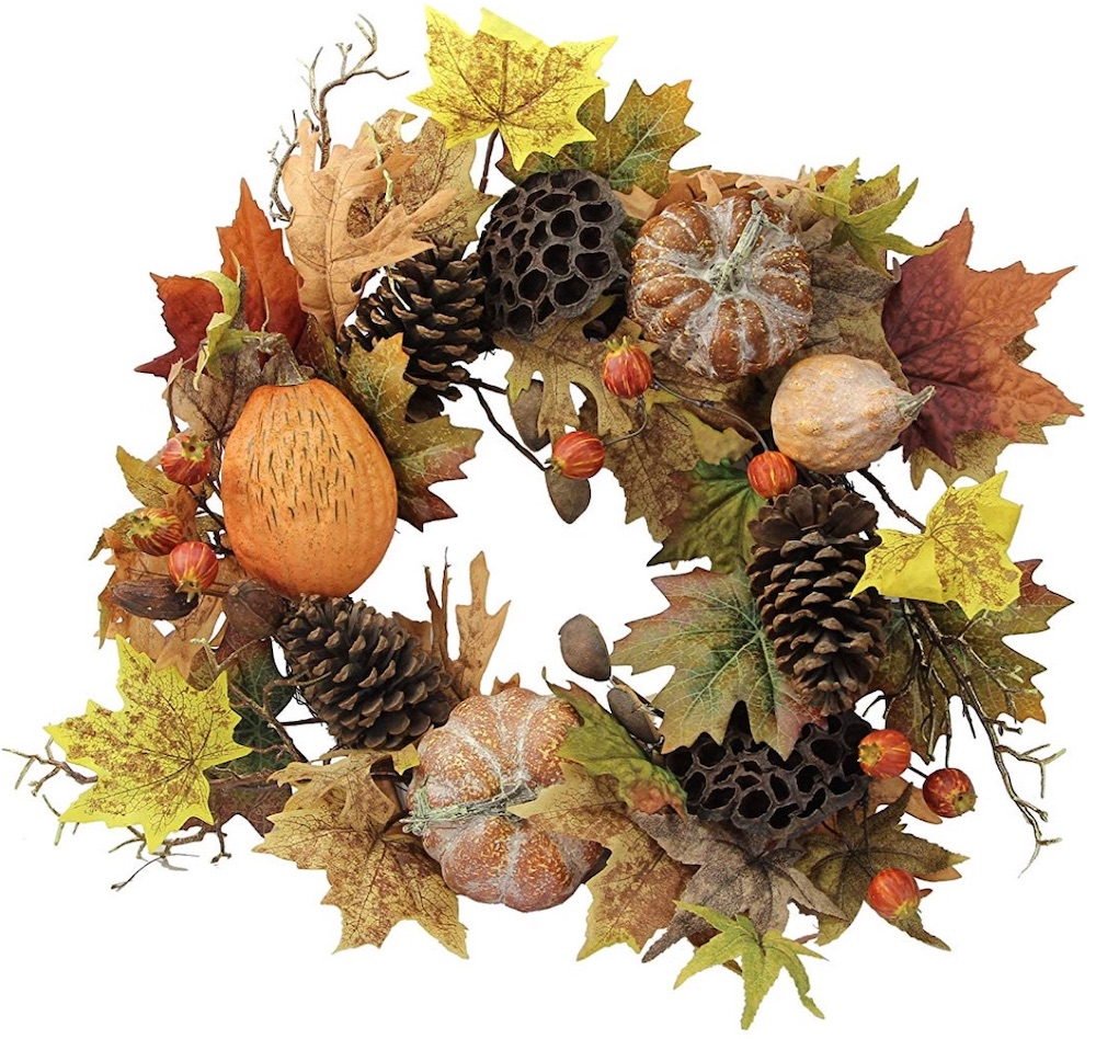 Farmhouse Fall Wreaths to Welcome Guests Fall Festive Harvest Wreath #Farmhouse #FarmhouseDecor #FarmhouseWreaths #RusticWreaths #CountryLiving #FallWreaths #AutumnWreaths