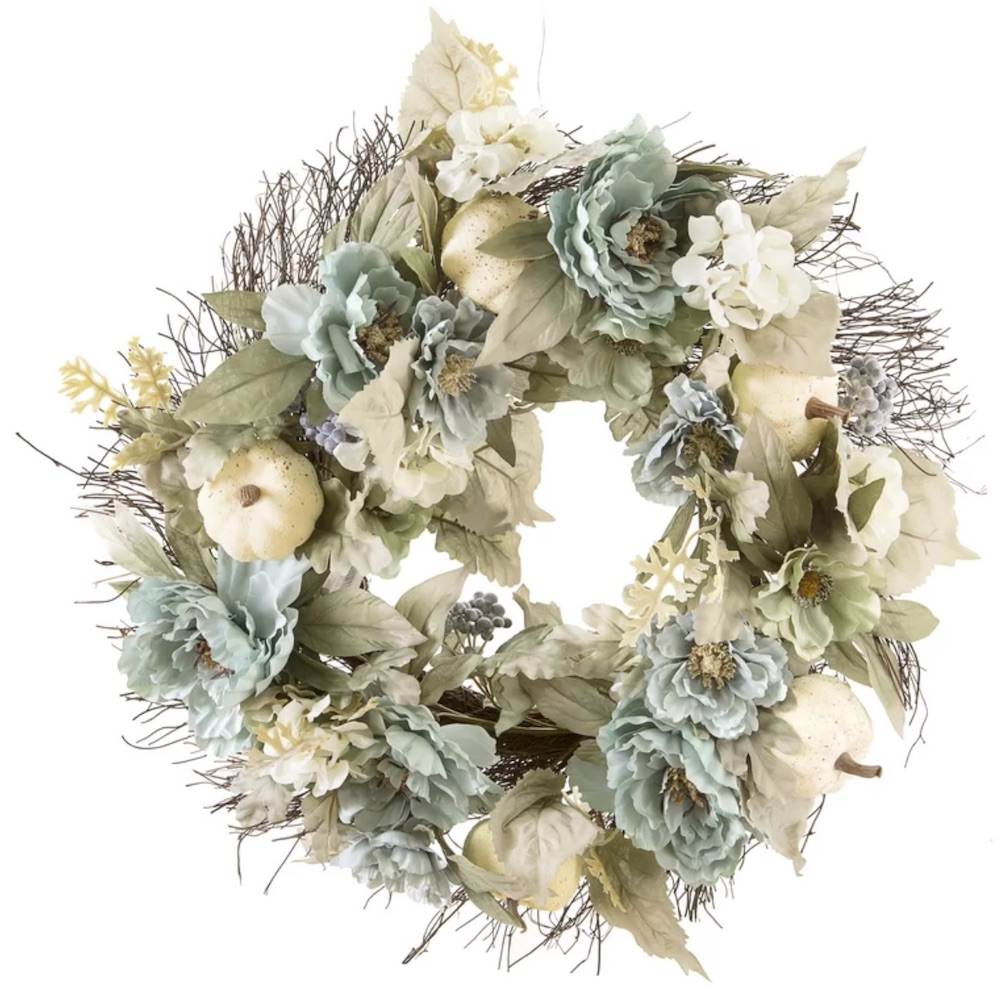 Farmhouse Fall Wreaths to Welcome Guests Fall Peony Wreath #Farmhouse #FarmhouseDecor #FarmhouseWreaths #RusticWreaths #CountryLiving #FallWreaths #AutumnWreaths