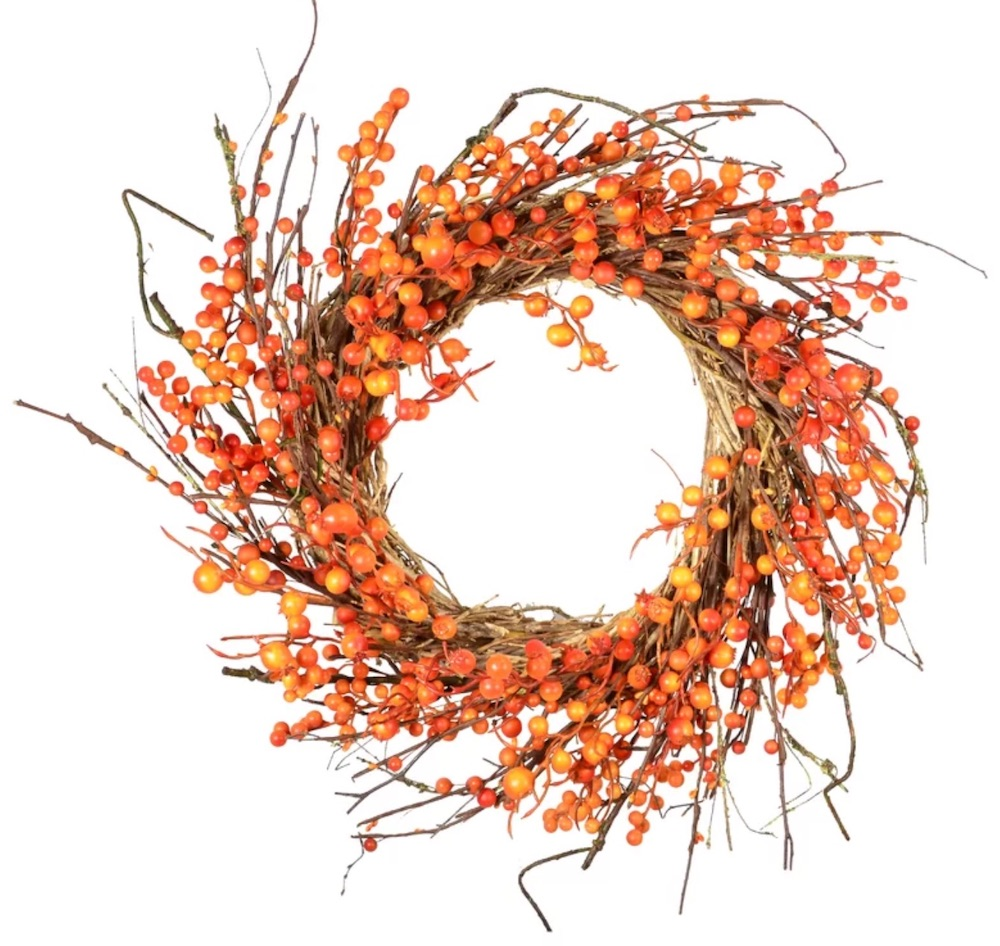 Farmhouse Fall Wreaths to Welcome Guests Fall Wild Berry Wreath #Farmhouse #FarmhouseDecor #FarmhouseWreaths #RusticWreaths #CountryLiving #FallWreaths #AutumnWreaths