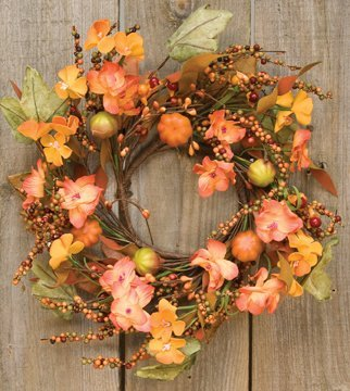 Farmhouse Fall Wreaths to Welcome Guests Harvest Garden Mini Wreath #Farmhouse #FarmhouseDecor #FarmhouseWreaths #RusticWreaths #CountryLiving #FallWreaths #AutumnWreaths