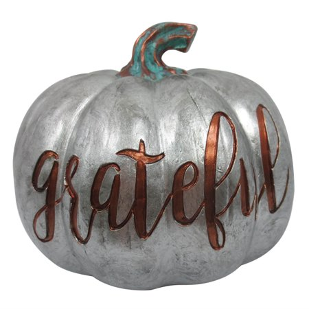 Thanksgiving Decorations for a Festive Home Silver Grateful Farm Pumpkin #Decor #ThanksgivingDecor #AffordableDecor #AffordableFallDecor #CheapThanksgivingDecor #QuickAndEasyDecor #BudgetFriendlyDecor