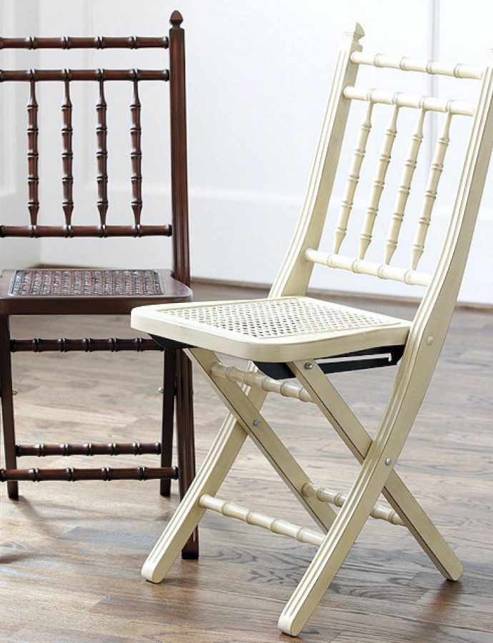 8 Folding Chairs for Holiday Dinners