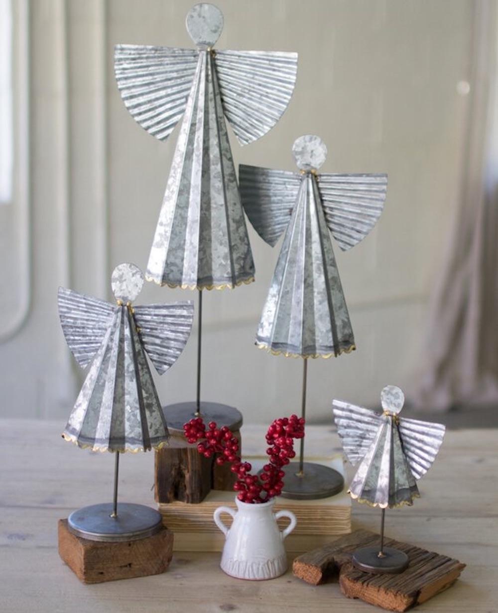 Farmhouse Christmas Decorations to Celebrate the Season Galvanized Angels #Decor #Christmas #Farmhouse #ChristmasDecor #FarmhouseDecor #FarmhouseChristmasDecor #HolidayDecor