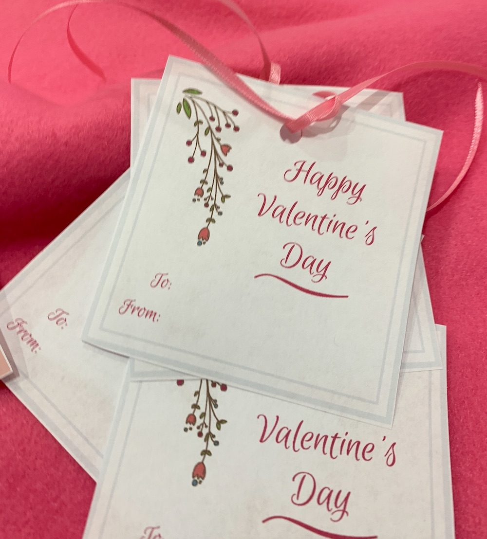 Valentines Day Free Printable Gift Tags Valentine's Day Gift Tags #ValentinesDay #ValentineGifts #DIY #GiftTags