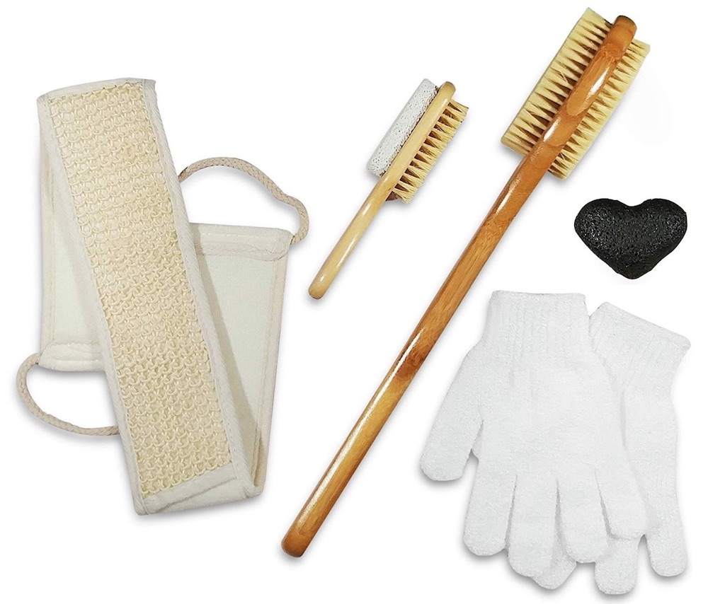 Accessories to Create a Home Spa Dry Brush and Skin Exfoliating Set #Spa #bathroom #HomeSpa #PamperYourself #SpaAccessories #MeTime #BathSpa #DIYHomeSpa #Relax #Soothing