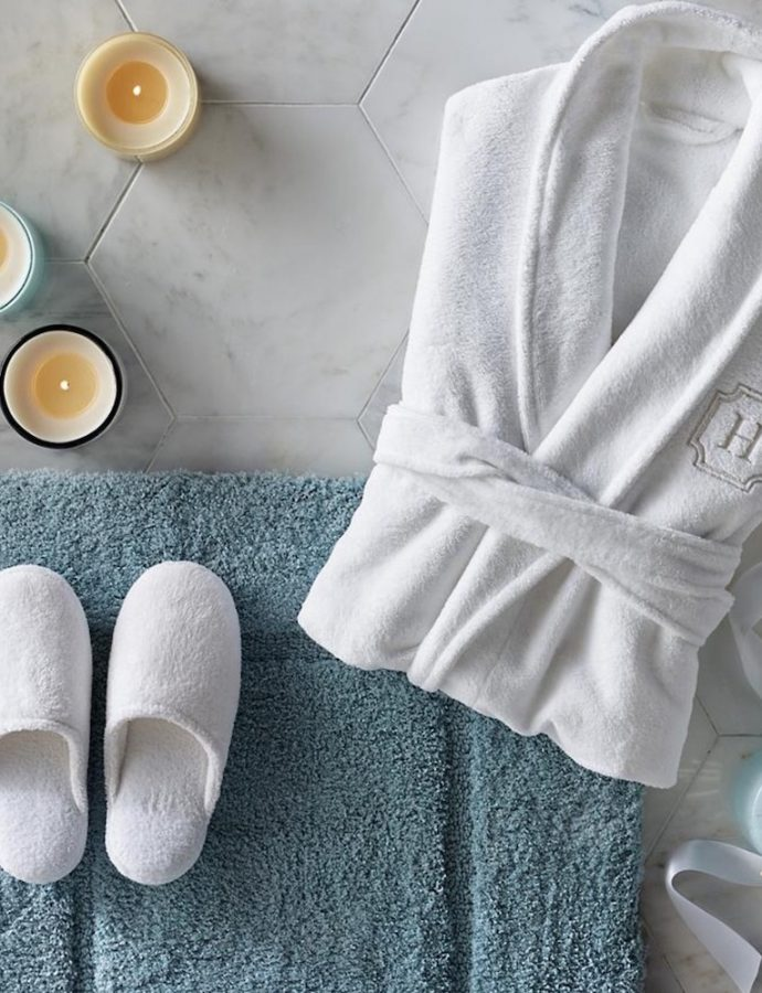 Simple Accessories to Create a Home Spa