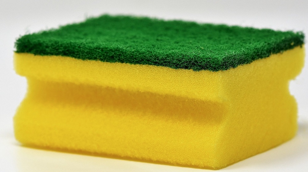 DIY Cleaner Sponge #CleanHome #HomemadeCleaners #HouseCleaning #HouseKeeping #DIYCleaning #CleanwithVinegar #SaveMoney #SaveTime #BudgetFriendly #NonToxic