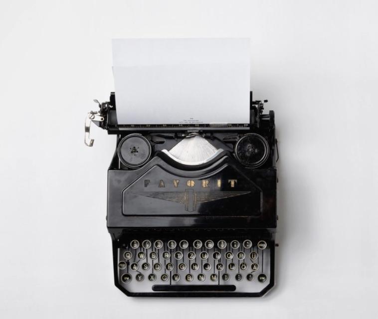 Work From Home Jobs Vintage Typewriter #MakeMoney #MoneyMakingIdeas #WorkAtHome #WorkFromHome #RemoteWork #Entrepreneur #Freelance #Career #JobOpportunities #HomeBased