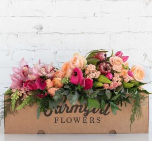 Best Online Flowers and Plants FarmGirl Flowers - The Market Haul #flowers #flowerdelivery #bouquets #OnlineFlowers #FlowersOnline #MothersDay #FlowersForMom #GiveMomFlowers
