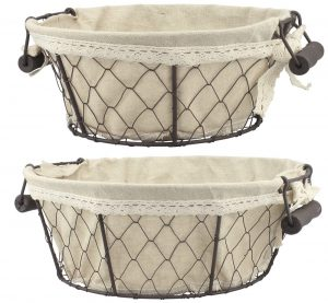 Round Metal Serving Basket Set #Farmhouse #Storage #Organization #FarmhouseStorage #CountryStyleStorage #CountryDecor #FarmhouseOrganization #CountryStyle #VintageStyle