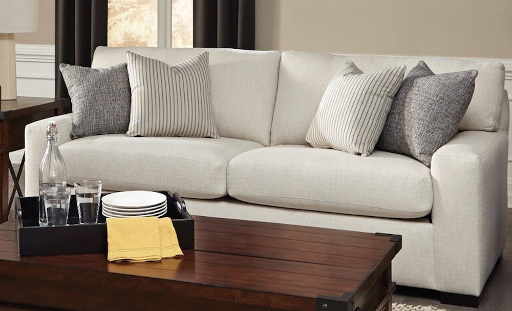 Accommodate Your Guests with Osgood Square Arm Couch #SleeperSofa #OvernightGuests #GuestRoom #SofaBed #FamilySleepovers #CompanyIsComing