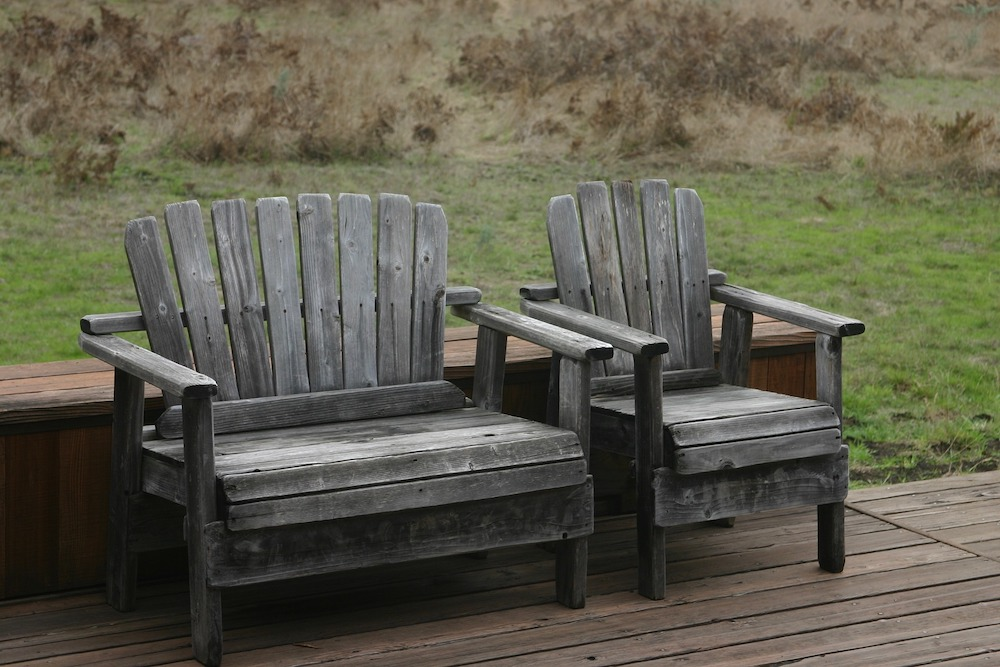 Outdoor Rugs for Outdoor Spaces Outdoor Deck #Patio #Porch #Balcony #OutdoorSpace #PatioRefresh #Decor #PatioDecor #PatioRugs #PorchRugs #OutdoorRugs