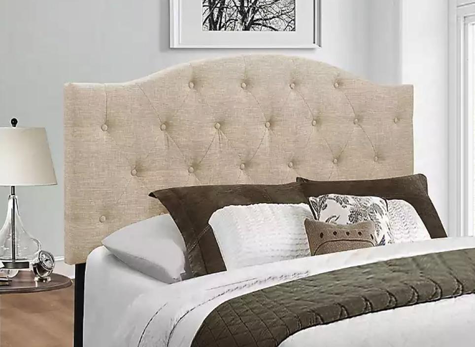 Guest Room Refresh Beige Bryne Button Tufted Headboard #Headboards #UpholsteredHeadboards #GuestRoom #Bedroom #BedroomRefresh #BedroomUpgrade