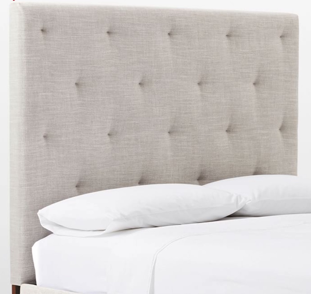 Quick and Easy Bedroom Refresh Diamond Tufted Headboard #Headboards #UpholsteredHeadboards #GuestRoom #Bedroom #BedroomRefresh #BedroomUpgrade