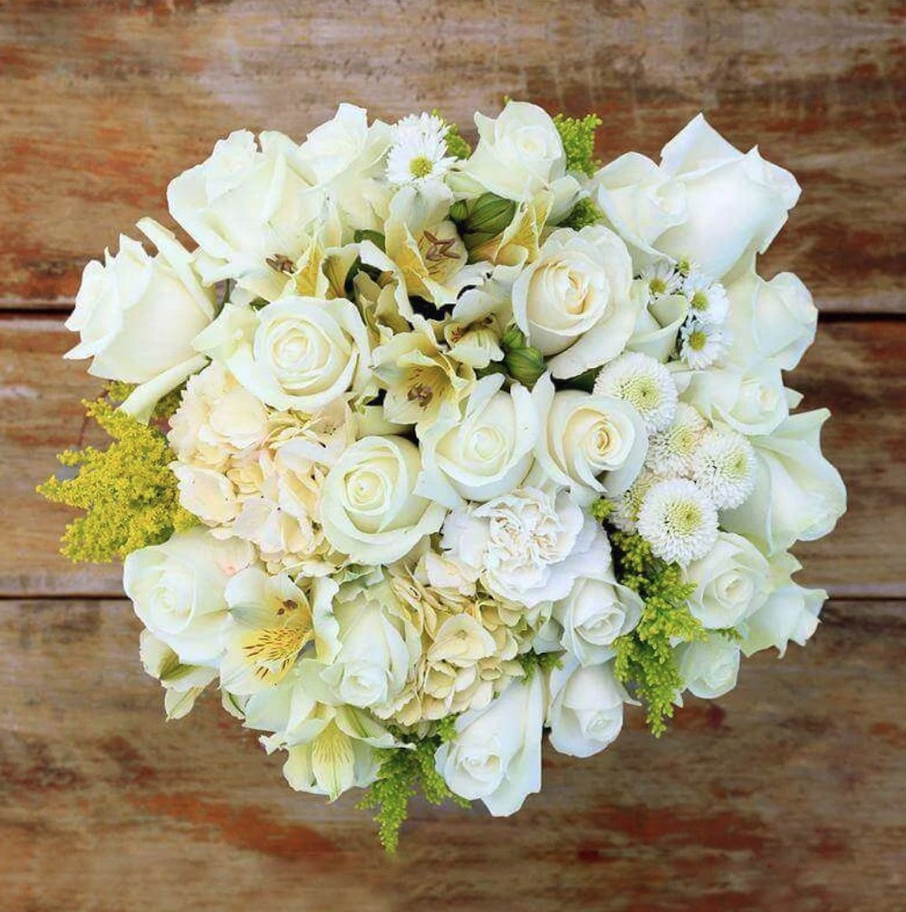 Table Settings Grazie Mille Fresh Flower Bouquet by Roseacholics #FreshFlowers #flowerdelivery #bouquets #OnlineFlowers #FlowersOnline #AutumnFlowers #FallFlowers #ThanksgivingFlowers