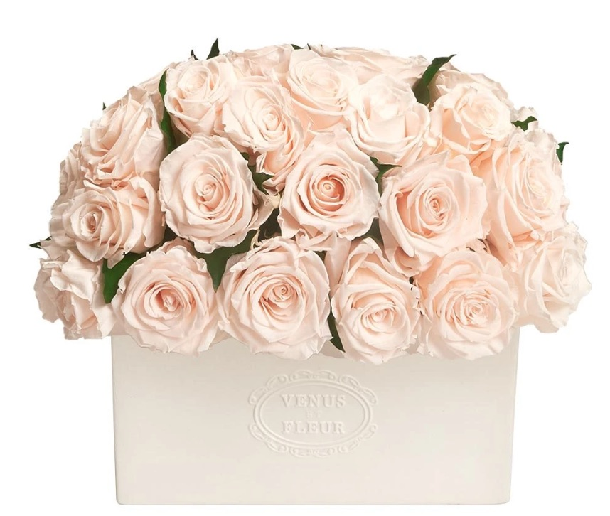 The Elegant Table Setting Serene Vase with Eternity Roses #FreshFlowers #flowerdelivery #bouquets #OnlineFlowers #FlowersOnline #AutumnFlowers #FallFlowers #ThanksgivingFlowers