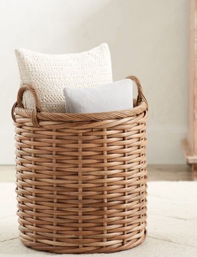 Tote Baskets for a Tidy Home